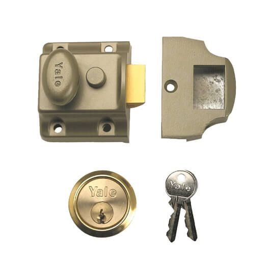yale-706-40mm-traditional-non-deadlocking-nightlatch-complete